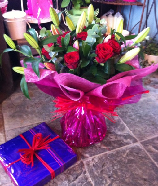 Gift Occasion – Rose & Lily Bouquet