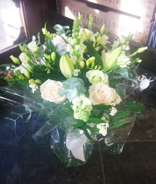 Gift Occasion – Hand Tied Gift Bouquet