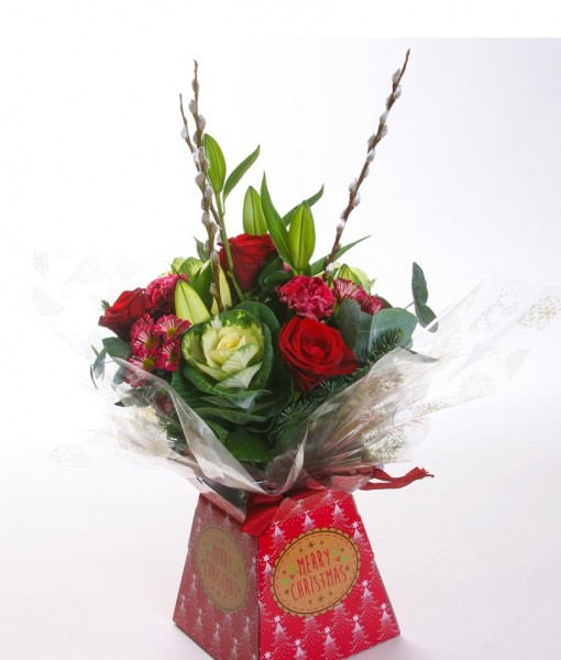 christmas-joy-handtied-bouquet-in-gift-box-the-cornflower