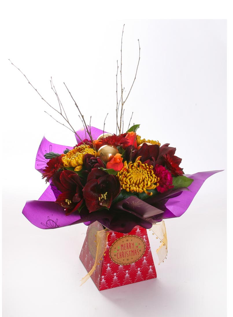 Florist in warminster gifts special occasions sympathy wedding festive jewels handtied bouquet in gift box the izmirmasajfo